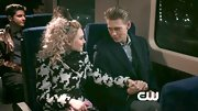 AnnaSophia Rob chose a black-and-white houndstooth coat with a matching belt for her stylin' look on 'The Carrie Diaries.'