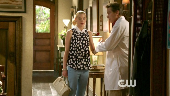 More Pics of Jaime King Day Dress (3 of 10) - Hart of Dixie Lookbook - StyleBistro