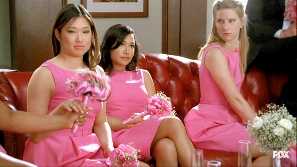 Heather Morris matched her fellow bridesmaids in this Barbie pink shift dress.