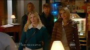 Elisha Cuthbert kept it cute and cozy on 'Happy Endings' with this collared jacket.