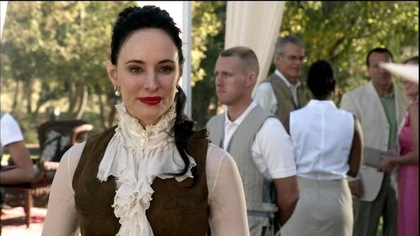 Madeleine Stowe had a very Victorian moment on 'Revenge' in this high-neck blouse.