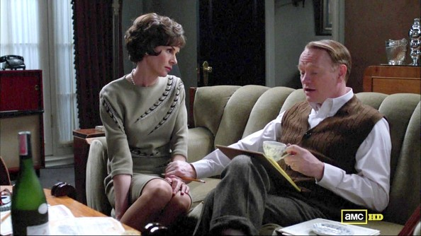 Embeth Davidtz's Vintage Shift on 'Mad Men'