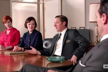 Christina Hendricks Elisabeth Moss Mad Men Season 6 Episode 12