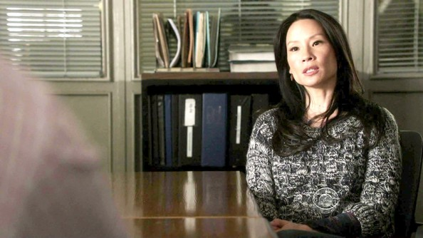More Pics of Lucy Liu Knit Scarf (1 of 34) - Knit Scarf Lookbook - StyleBistro