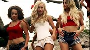 Hayden Panettiere shimmied and shook in a pair of studded white jean shorts.