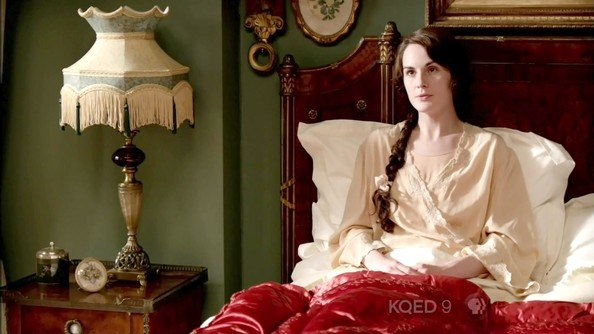 Michelle Dockery Robe
