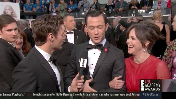2013 Oscars - 85th Academy Awards – Season 1, Episode 1