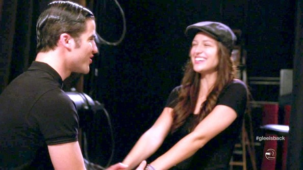 More Pics of Melissa Benoist Newsboy Cap (1 of 14) - Newsboy Cap Lookbook - StyleBistro