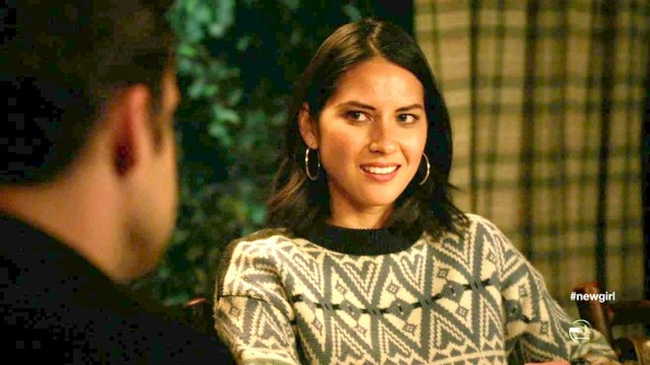 More Pics of Olivia Munn Sterling Hoops (1 of 11) - Hoop Earrings Lookbook - StyleBistro