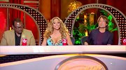 Mariah Carey's long blonde locks simply shimmered in the 'American Idol' spotlight.