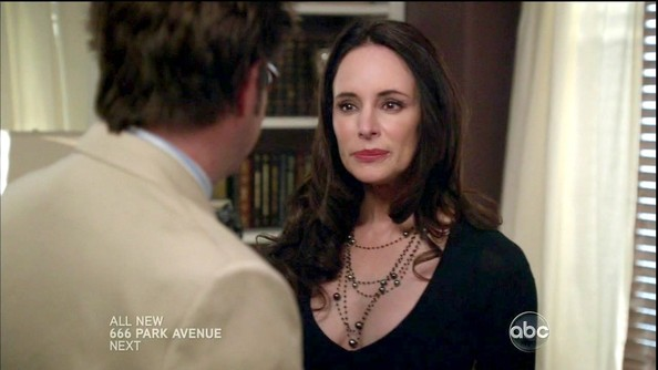 More Pics of Madeleine Stowe Black Pearls (1 of 7) - Pearl Necklaces Lookbook - StyleBistro