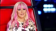 Christina Aguilera brightened her blond tresses with hot pink streaks.