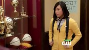 Ellen Wong chose a bright yellow cardigan for her school days look on 'The Carrie Diaries.'
